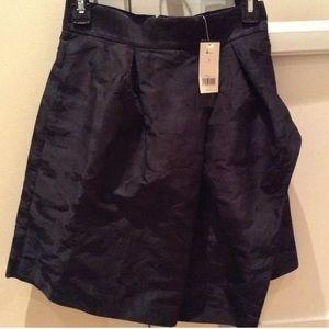 NWT Banana Republic navy Camo skirt, pockets size0
